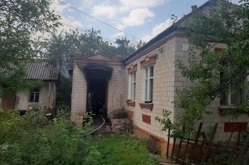 Тело женщины обнаружили в частном доме на Харьковщине (фото)