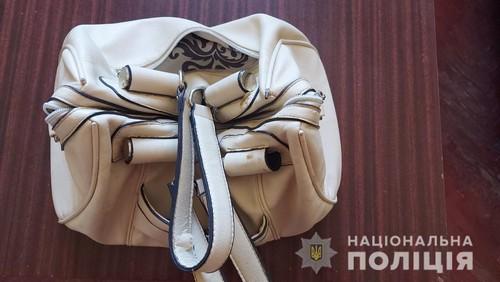 Оставила сумку возле иконы. В церкви на Харьковщине случилось неожиданное (фото)