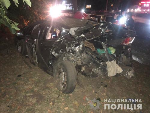 Авария в Харькове: автомобили разбиты вдребезги, люди – в больнице (фото)
