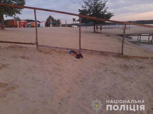 Был на пляже один: ребенок погиб в популярном месте отдыха под Харьковом