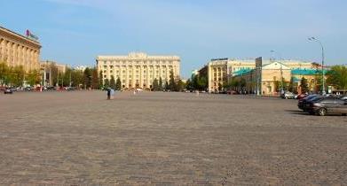 В центре Харькова хотят запретить парковку