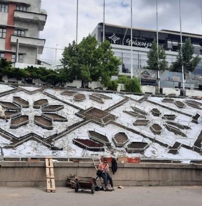В Харькове появилась инсталляция из сотен огоньков (видео)