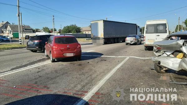 Массовая авария под Харьковом: есть пострадавшие