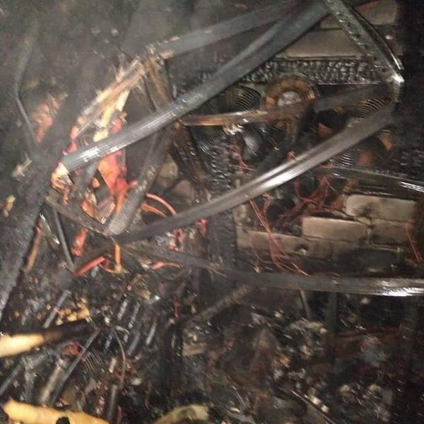 ЧП под Харьковом: женщина находилась в горящем помещении и не могла выбраться (фото)