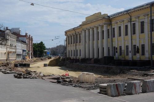 В Харькове водители будут вынуждены до конца года двигаться в объезд