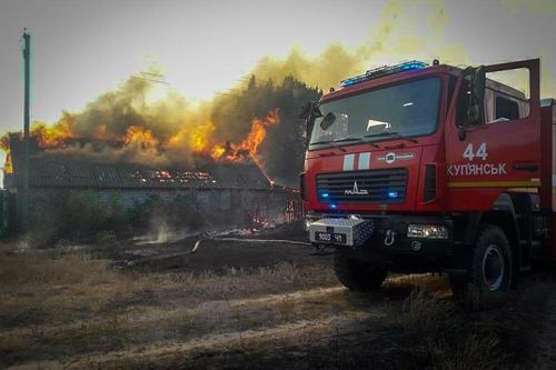 Масштабный пожар в Харьковской области: в населенных пунктах отключают газ