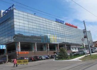 В Харькове ученый устроил в супермаркете драку из-за орешков