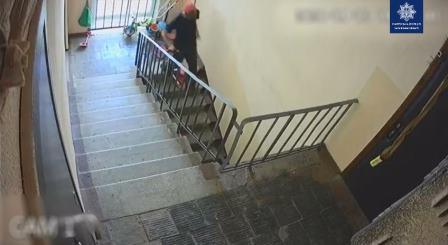 В Харькове преступник опрометчиво снялся на видео (фото)