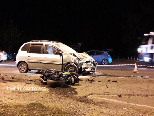 Мотоцикл рассыпался на части, мужчина погиб: авария в Харькове (фото)