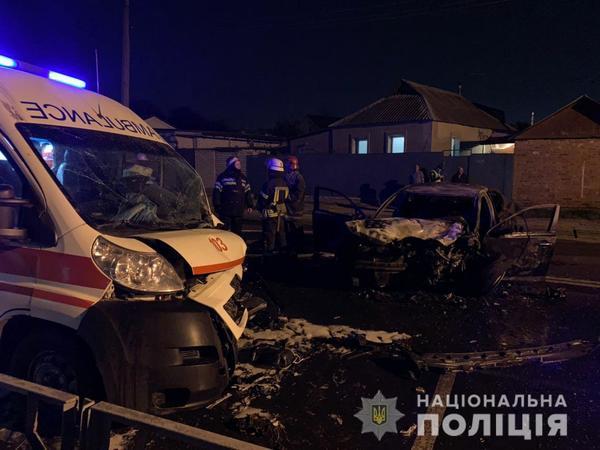 В полиции рассказали подробности серьезного ДТП с участием скорой помощи (фото)