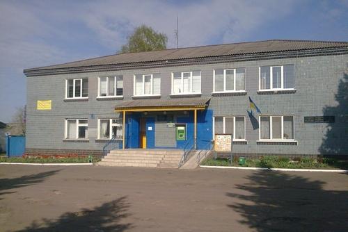 В «красной зоне» на Харьковщине коронавирус добрался до руководства поселка