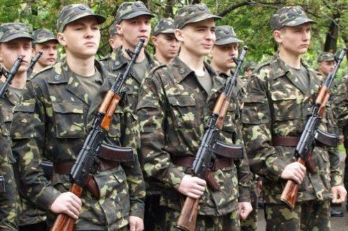 Осенний призыв: сколько юношей из Харьковской области отправят в армию