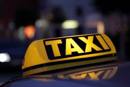 Таксисту из Харькова пассажиры устроили минуту дурной славы