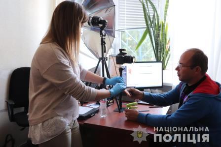 Мужчина, пострадавший от стихии на Харьковщине, получил новые возможности (фото)
