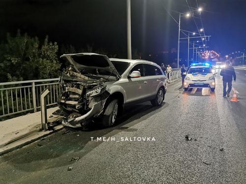 ДТП в Харькове: три машины – вдребезги. Очевидцы устроили за виновником погоню (фото)