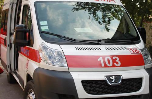В Харьковской области медики задержали агрессивного мужчину