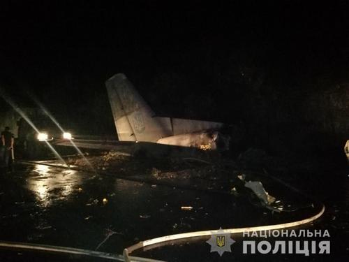Падение самолета под Харьковом: появилась информация о погибших
