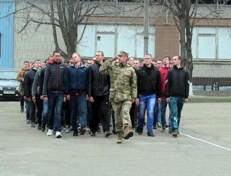 Почти тысяча жителей Харькова и области покинут родные дома