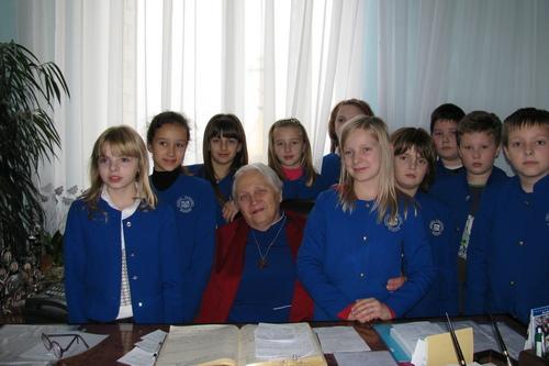 Как педагоги выстояли в переломный период. В Харькове издали книгу ко Дню учителя