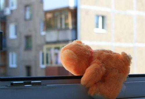 На Харьковщине ребенок пережил страшное, пока мама вышла из комнаты