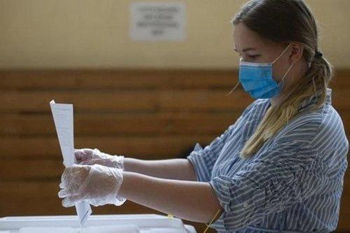 На избирательных участках готовы помочь забывчивым гражданам