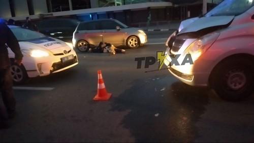 ДТП в Харькове: мужчина дважды оказался под колесами (фото, видео)