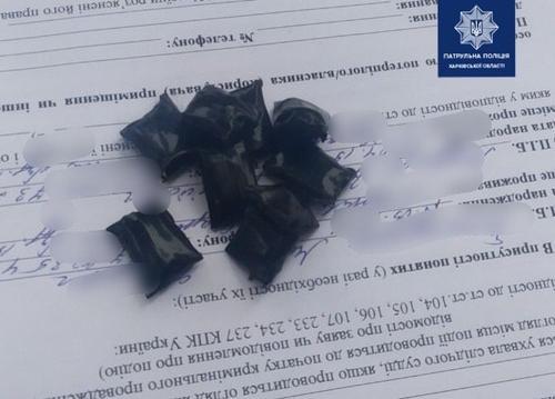 В Харькове задержали нервного парня, который резко изменил направление движения (фото)