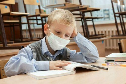 Харьковские школы меняют режим работы. Как будет проходить обучение