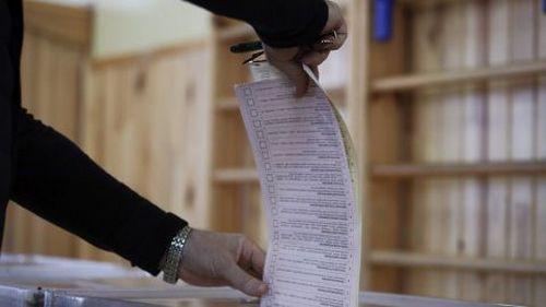 В трех городах Харьковщины побеждают действующие мэры