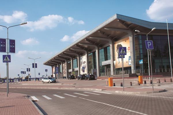 Карантин выходного дня: как будут летать самолеты из аэропорта Харькова