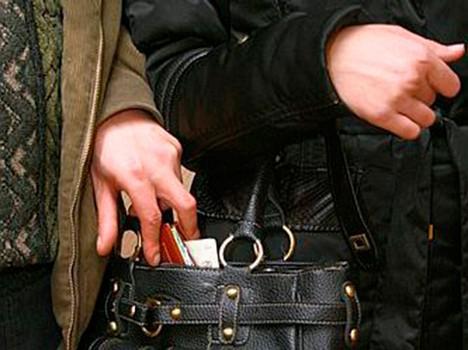 Карманники в масках: харьковчане жалуются на увеличение количества краж в транспорте