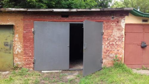 В центре Харькова в гараже нашли тело пенсионера