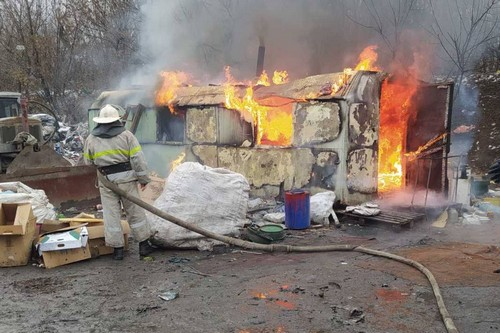ЧП на мусорном полигоне на Харьковщине: мужчина получил ожоги (фото)