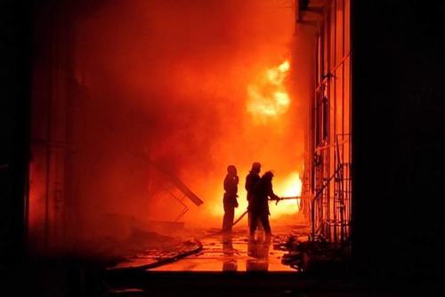 Крупный пожар на «Барабашово»: спасатели озвучили подробности (фото)
