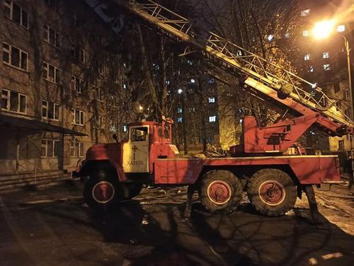В Харькове произошел пожар: эвакуированы сто человек