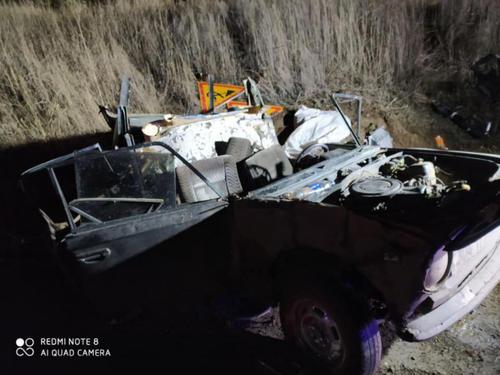 Серьезное ДТП под Харьковом: у машины «снесло» крышу, есть пострадавшие (фото)