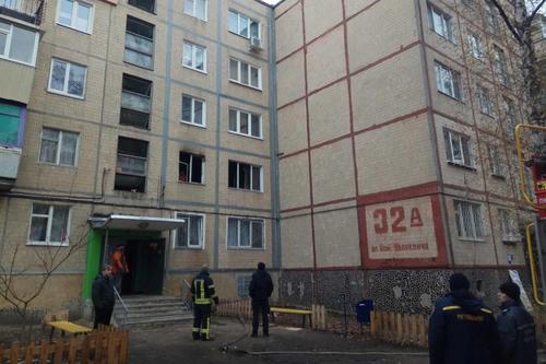 В Харькове в квартире погибла женщина, мужчину успели спасти (фото)