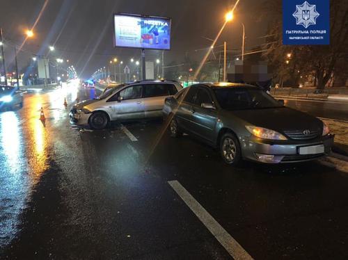 Масштабное ДТП на мосту в Харькове: стали известны подробности (фото)
