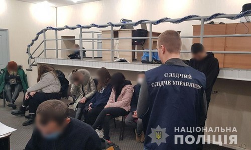 В Харькове накрыли сеть call-центров, которые воровали у людей деньги (фото)
