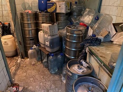 На Харьковщине завод подозревают в производстве опасных для здоровья людей товаров (фото)