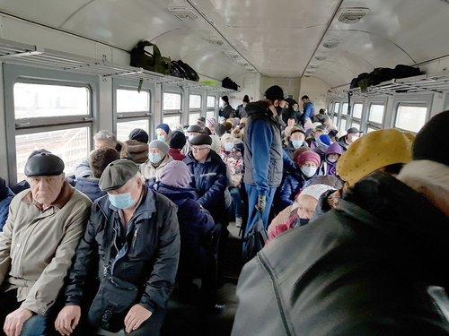 На Харьковщине местная власть отказывается компенсировать проезд льготников в электричках