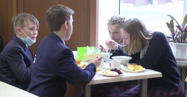 В Харькове увеличили стоимость питания дошкольников и младшеклассников