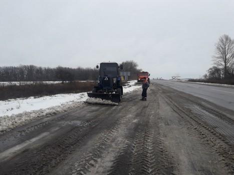 Что происходит на дорогах в Харьковской области  (фото)