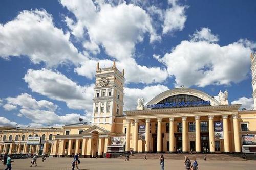 Из центра Харькова в аэропорт - по железной дороге. Упущенные перспективы концессии