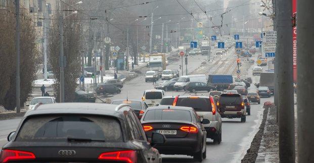 В Харькове машины будут ездить по «зеленой волне». Что ждет водителей
