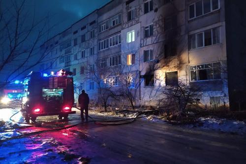 В подъезде дома на Харьковщине трагически погибла пенсионерка (фото)