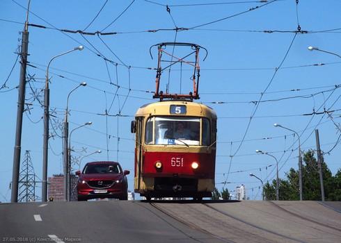 Часть Харькова надолго осталась без трамваев