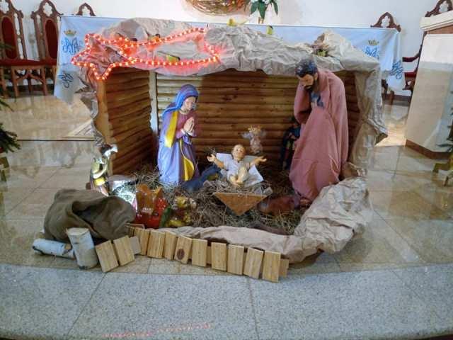 Именитый музыкант в харьковском храме сделал подарок землякам (фото, видео)