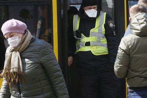 Локдаун с 8 января: особенности работы метро и другого транспорта в Харькове