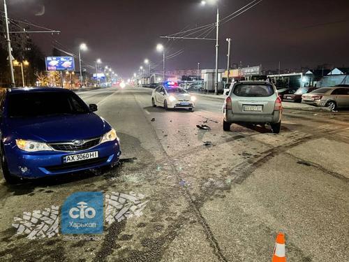 Сразу два происшествия случилось возле закрытых на локдаун харьковских кинотеатров (фото)